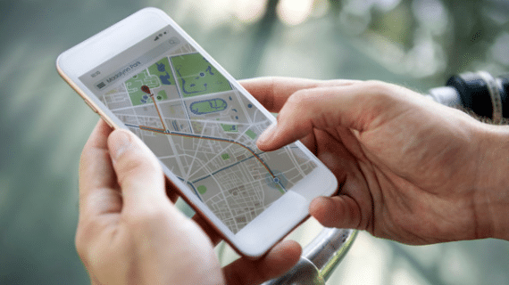 Know your love's location with GPS tracker app for iphone